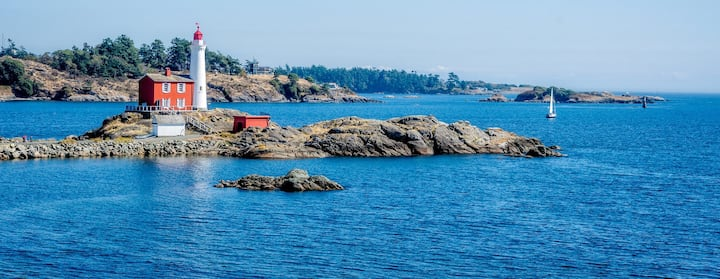 Find Places to Stay in East Sooke on Airbnb