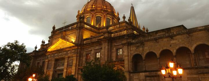 Find Places to Stay in Guadalajara on Airbnb