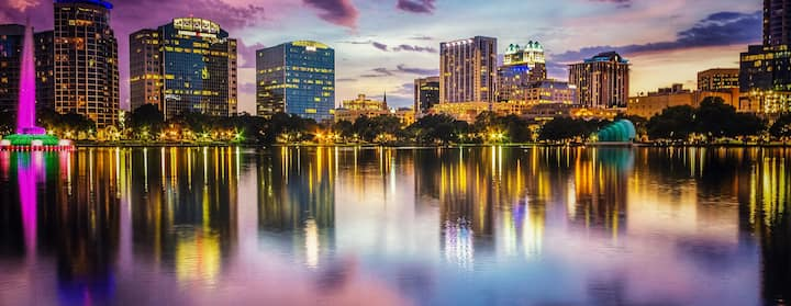 Find homes for Orlando Sentinel Career Fair on Airbnb
