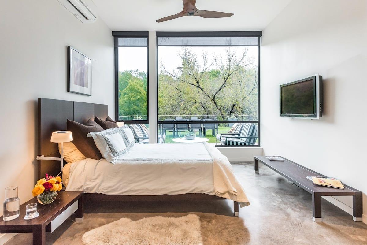 Modern Serene Guesthouse