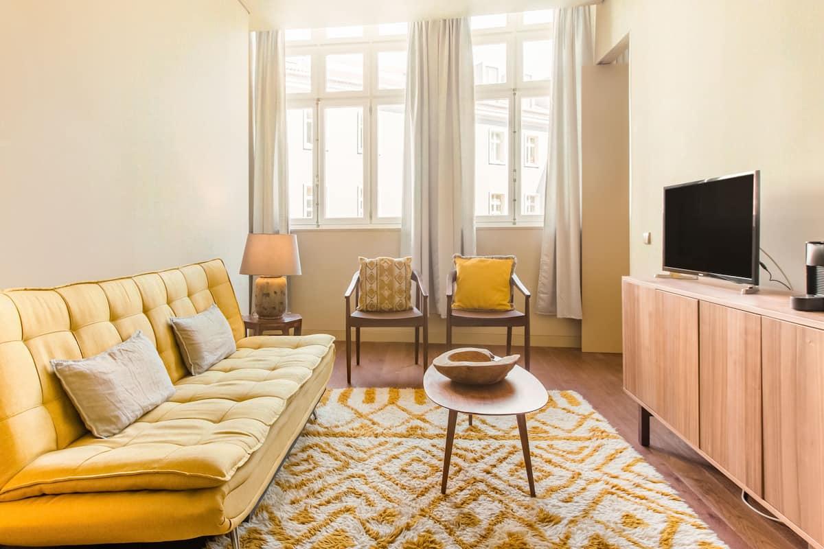 Apartamento moderno e agradável perto do Elevador da Bica