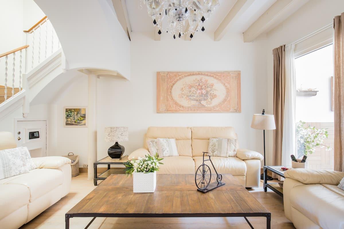 Spanish Grandeur in Sitges