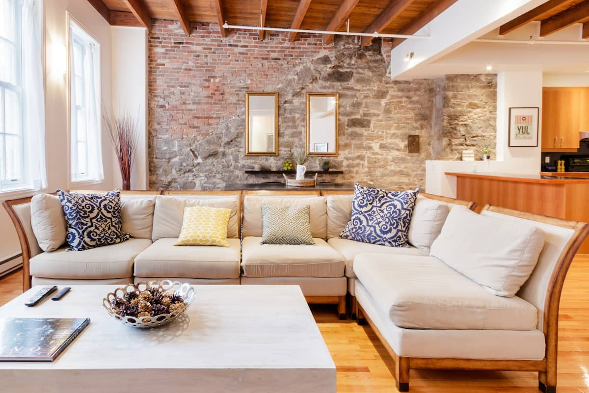 Walk to Museums from an Airy Loft Apartment in Old Montreal