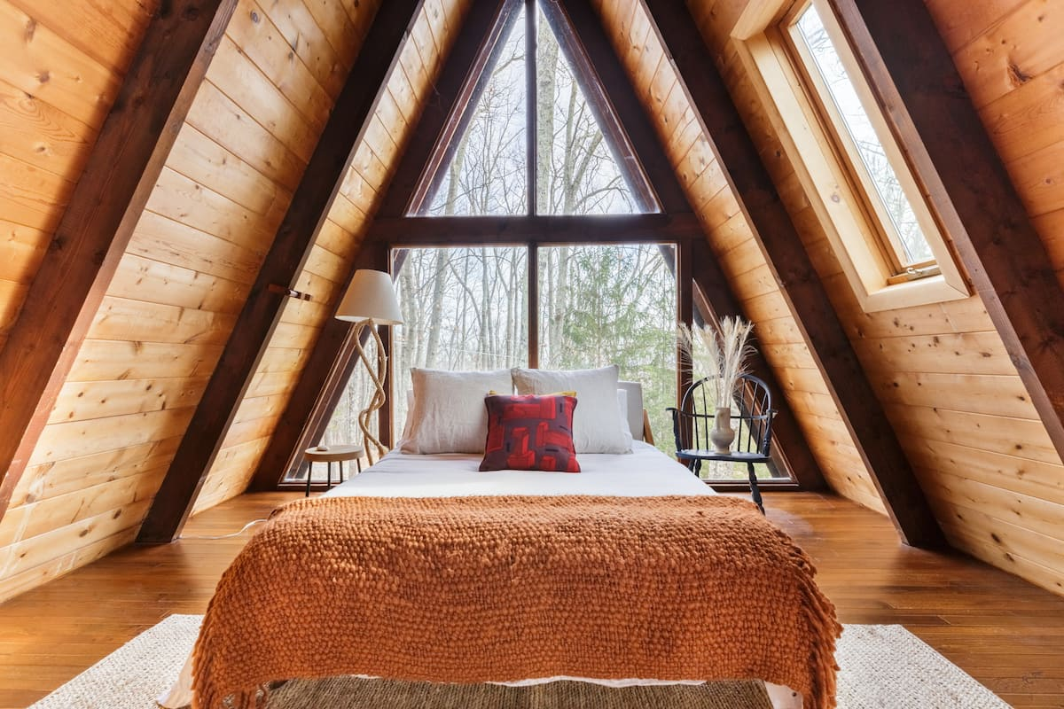 Retreat to Nature at an A-Frame in the Shawangunk Mountains