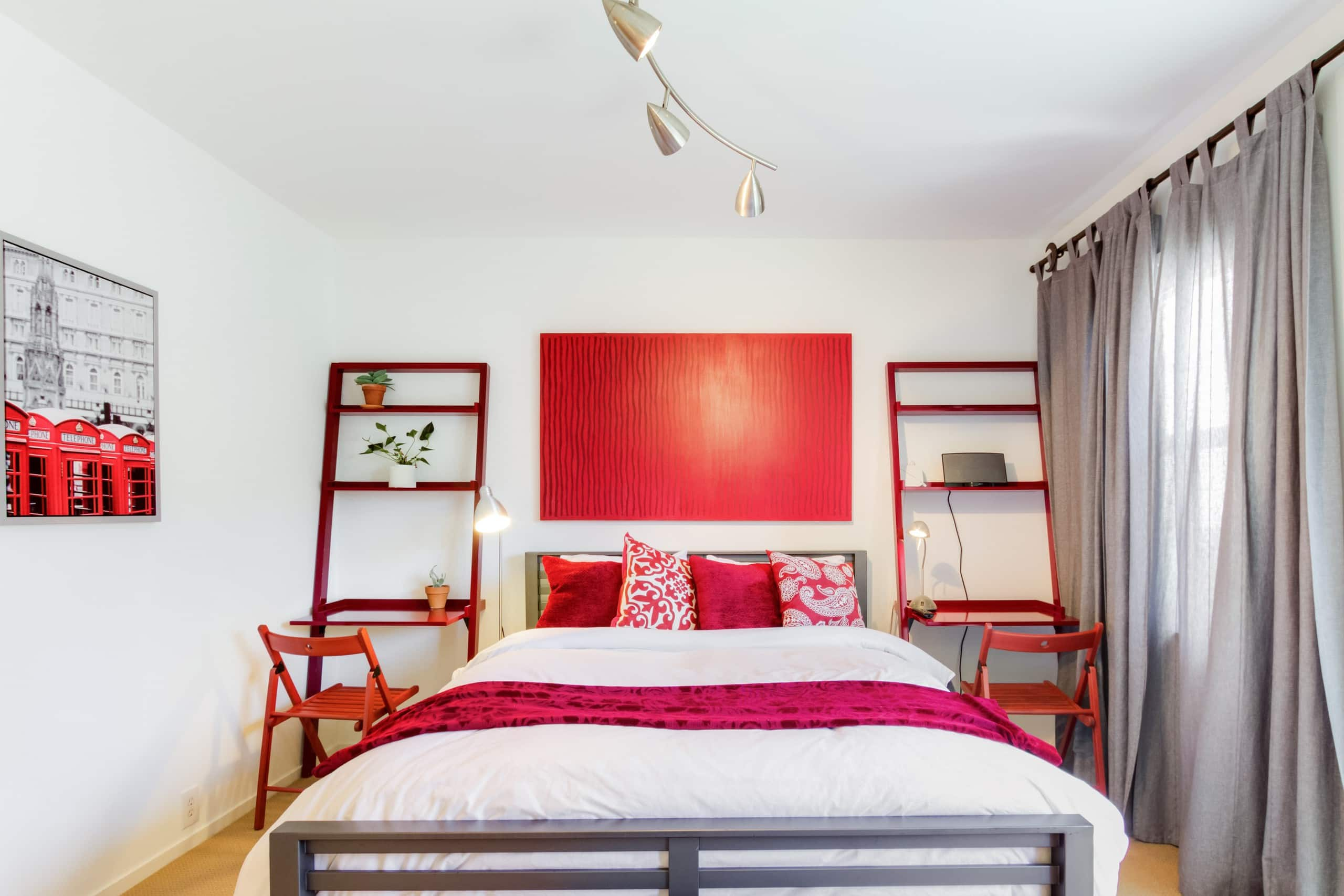Two bedroom with back patio and hot tub guest suites for - Two bedroom suites san francisco ...