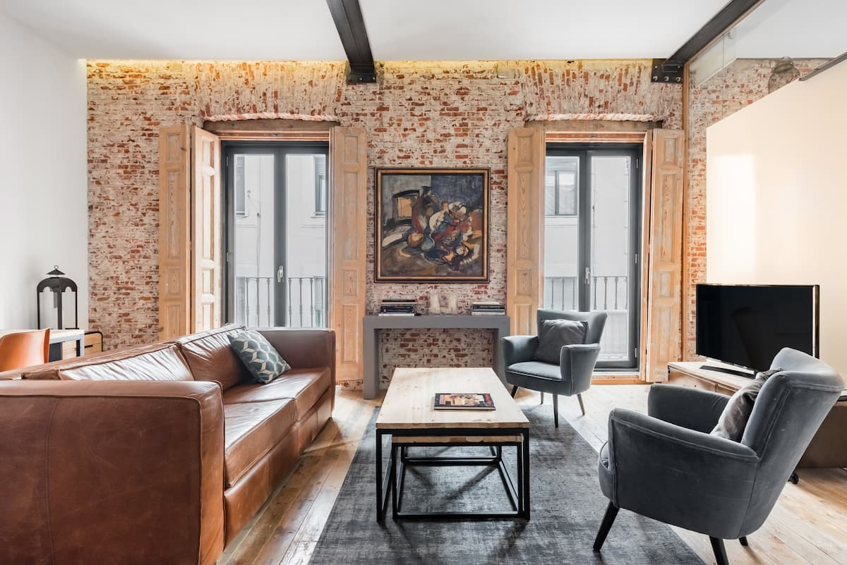 Charming Loft Style Apartment in Trendy Lavapies