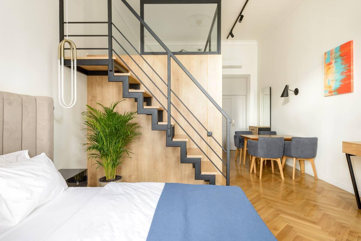 Уютный светлый апартамент с современным интерьером