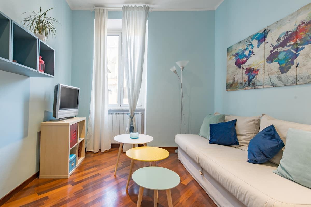 Appartamento accogliente colorato vicino a Colosseo