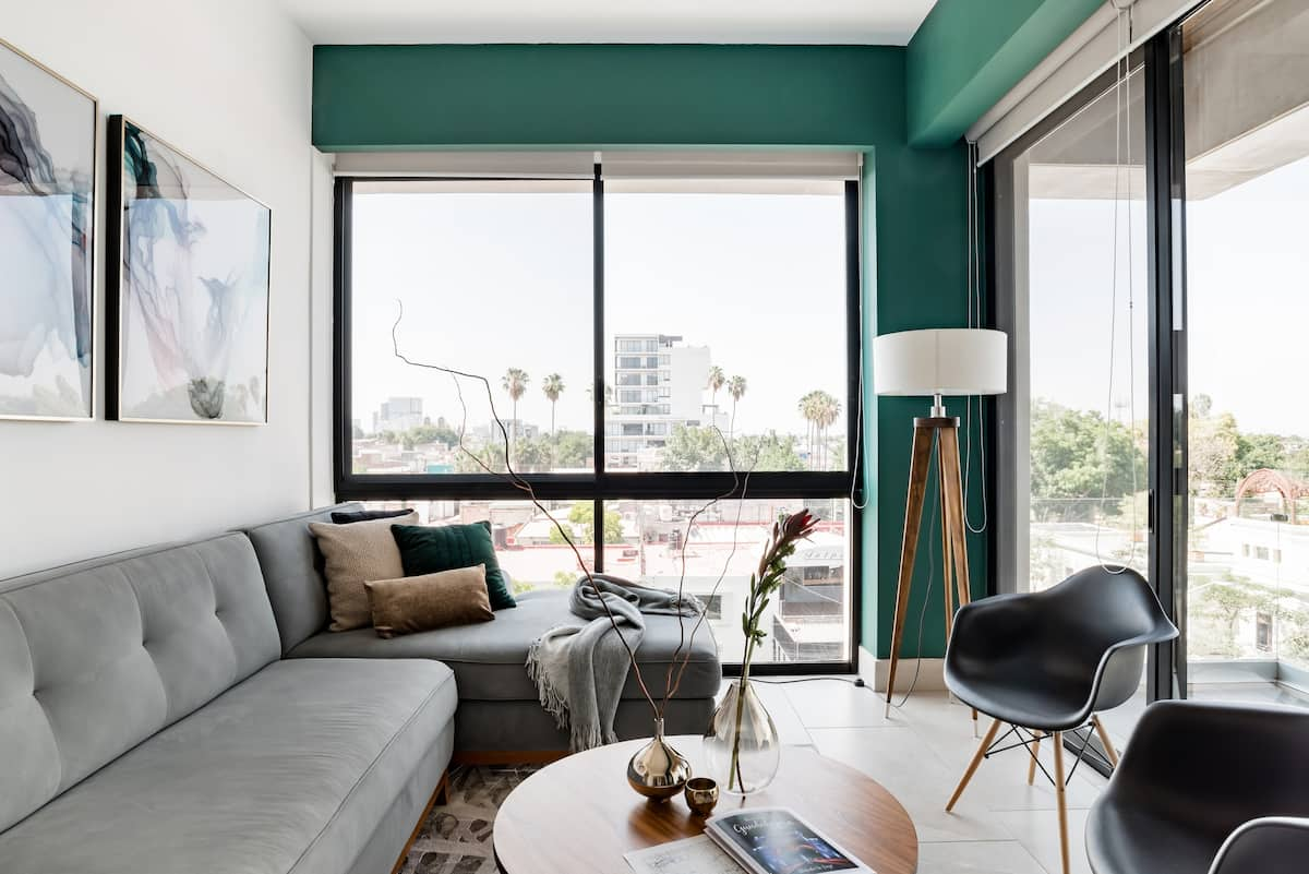 Mid-Century Style Apartment in a Vibrant Neighborhood