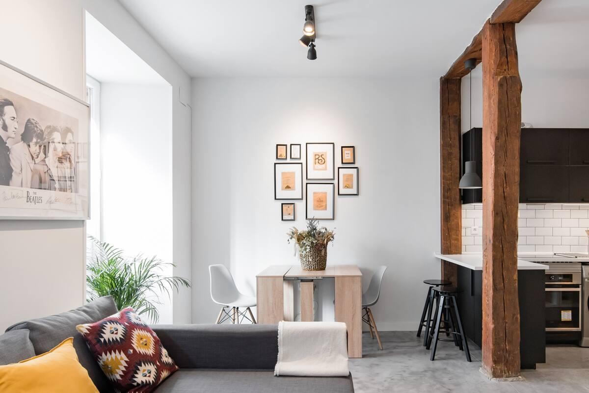 Contágiate del espíritu bohemio del centro de Madrid en este loft de diseño