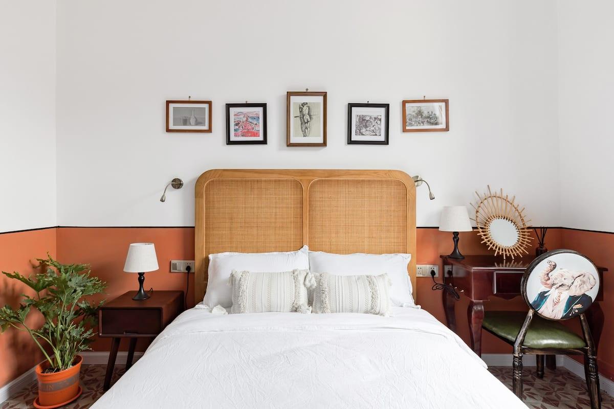 入住可在露天阳台遥望广州塔的复古洋楼别墅,拍一系列的复古风美照