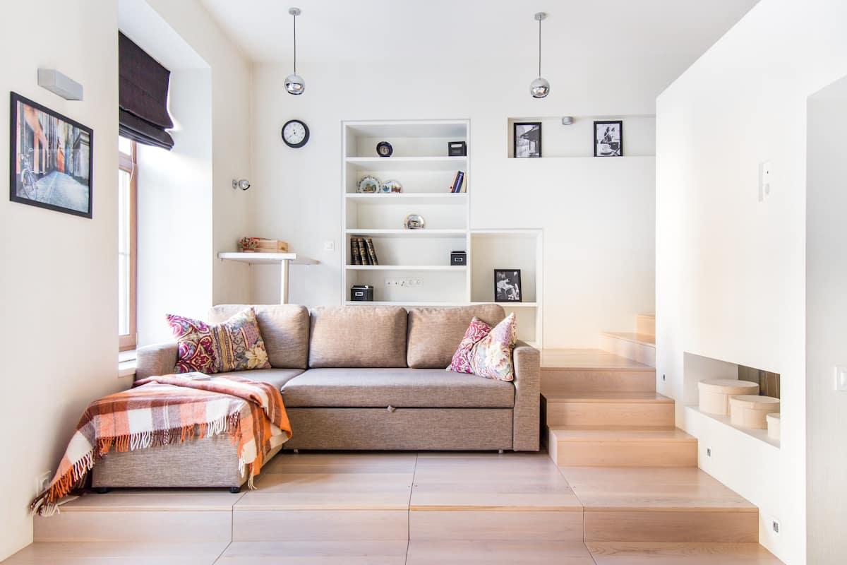 светлые и уютные апартаменты с видом на набережную