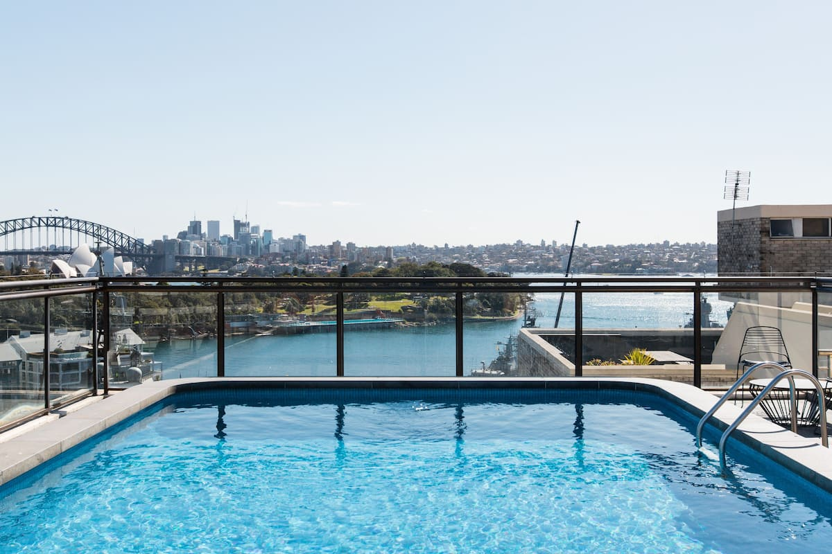 Contemporary Potts Point Apartment with a Rooftop Pool