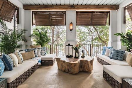 Oceanfront Honeymoon Suite San Miguel in Las Catalinas
