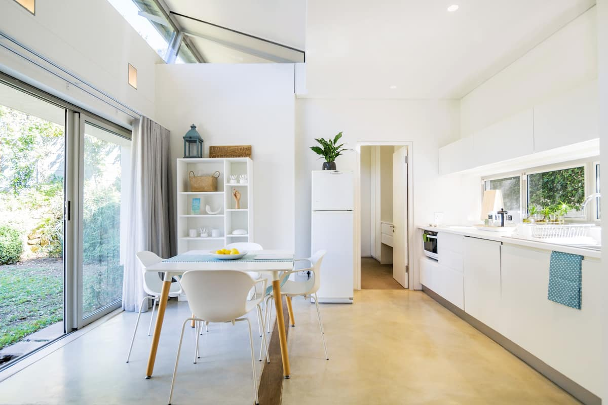Modern Garden Cottage near Kirstenbosch Gardens