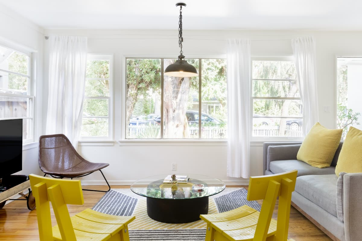 Casual, Colorful Venice Bungalow near Beach & Abbot Kinney