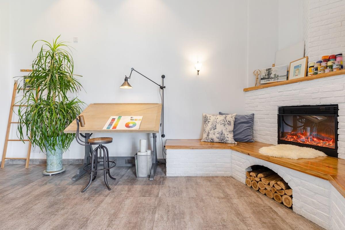 坐拥迪荡湖、梅龙湖美景的艺术主题复式公寓