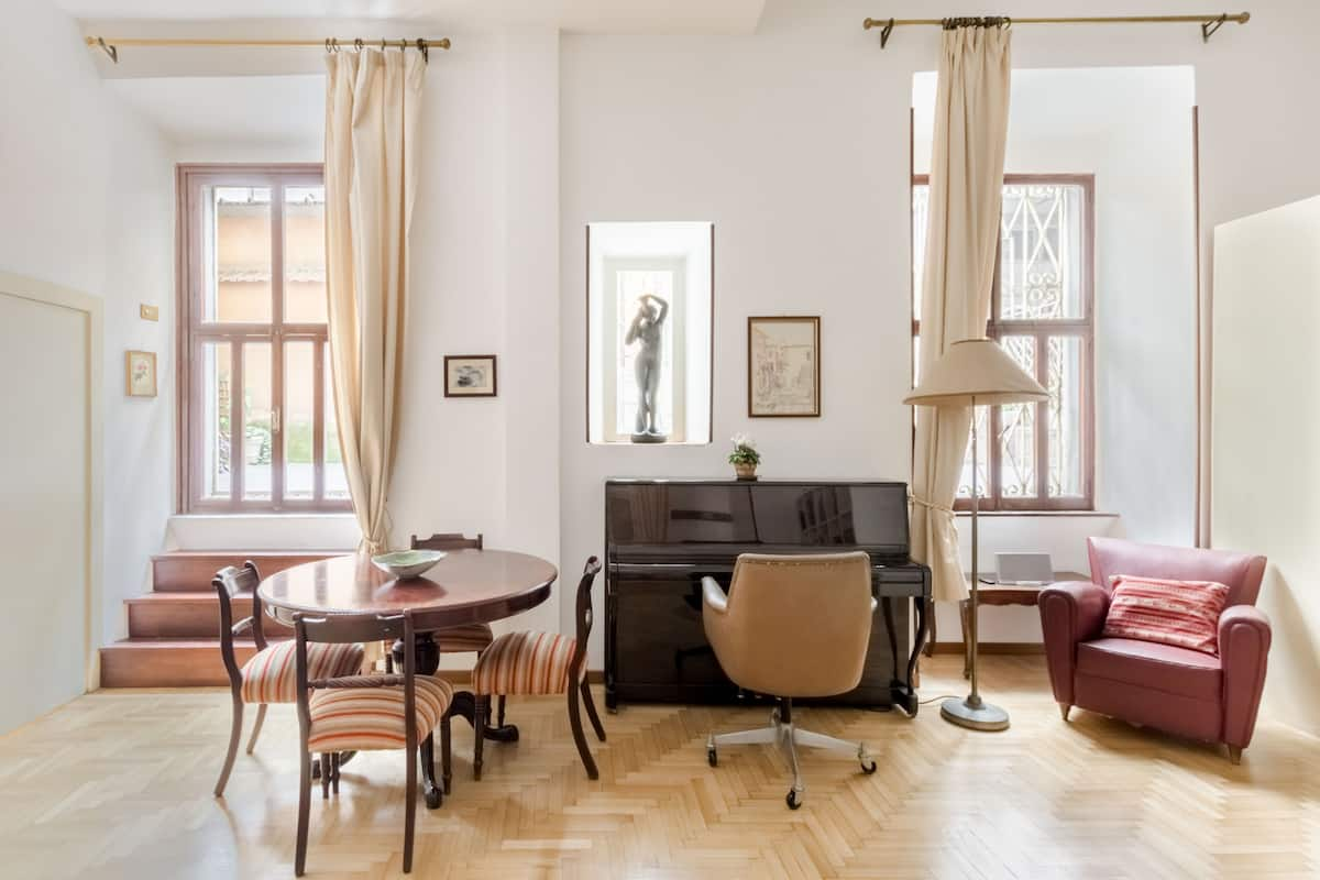 Via Veneto Experience the Charm of City Center from Roomy Studio Space
