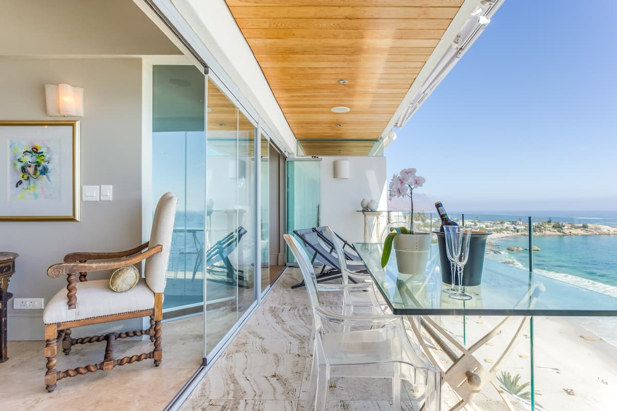 Eclectic Comfort with Endless Views on Clifton Beachfront