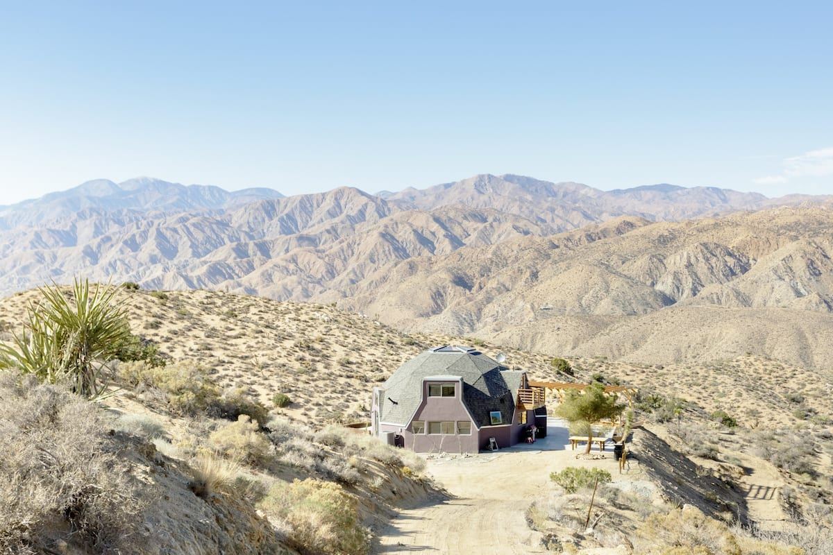 Remodeled Dome on Endless Private Acreage in the High Desert