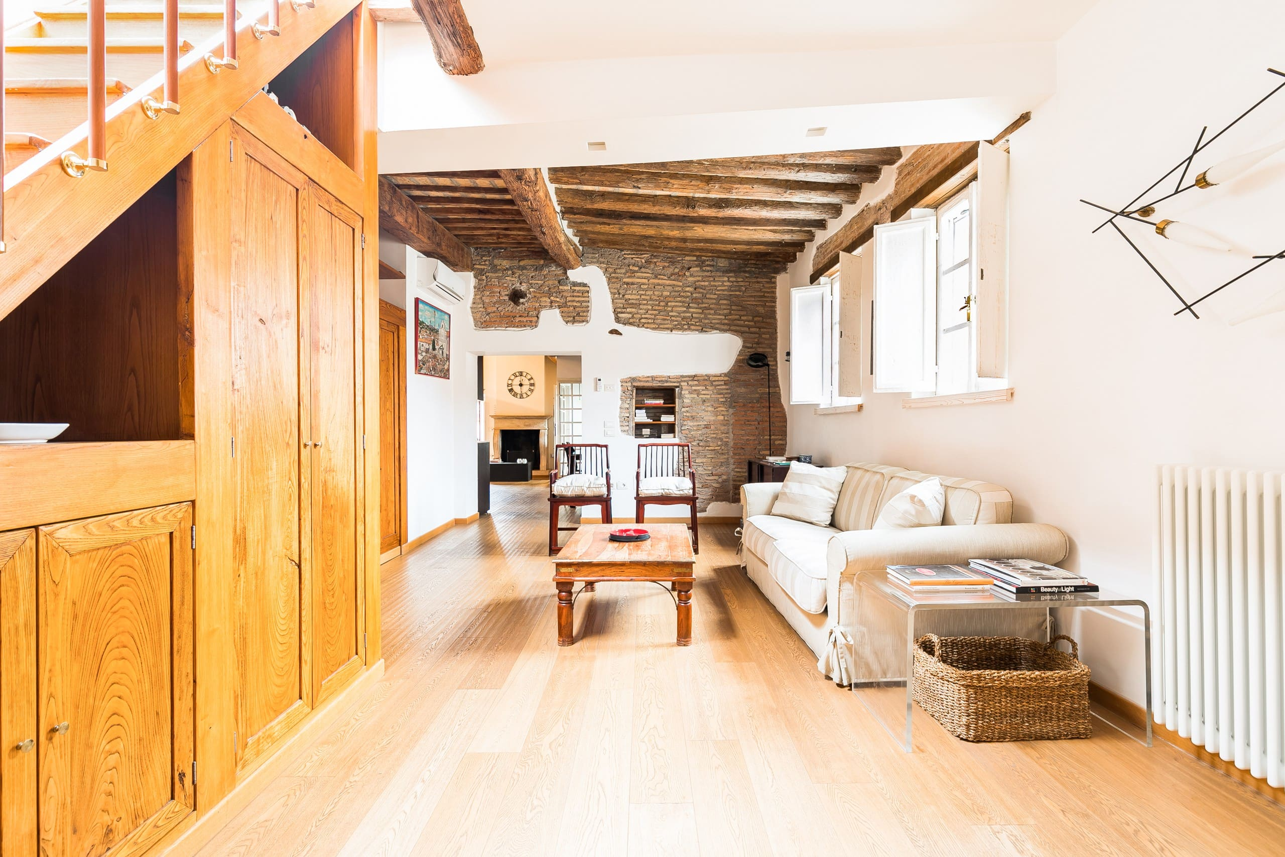 Chic trastevere penthouse with rooftop terrace - Casa chic roma ...
