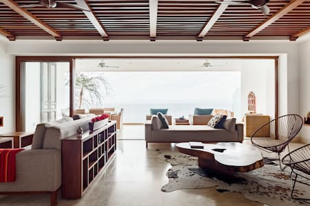 Spectacular Ocean Views from a Sleek Apartment