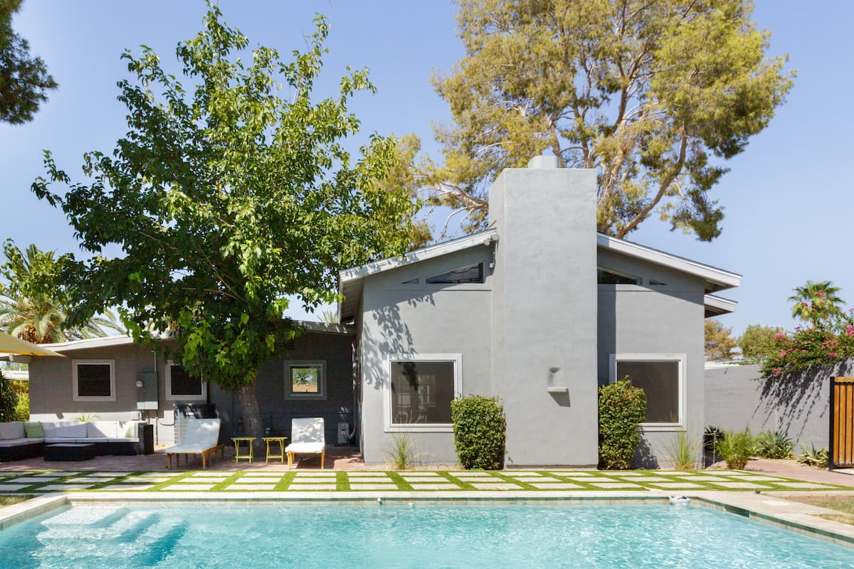Mid-Century Modern Historic with Heated Pool in Old Town