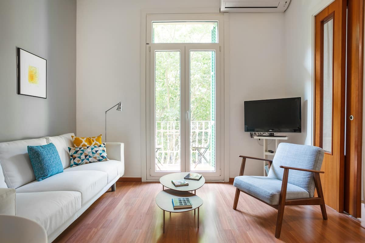 Cheerful, Modern Apartment in Sant Antoni