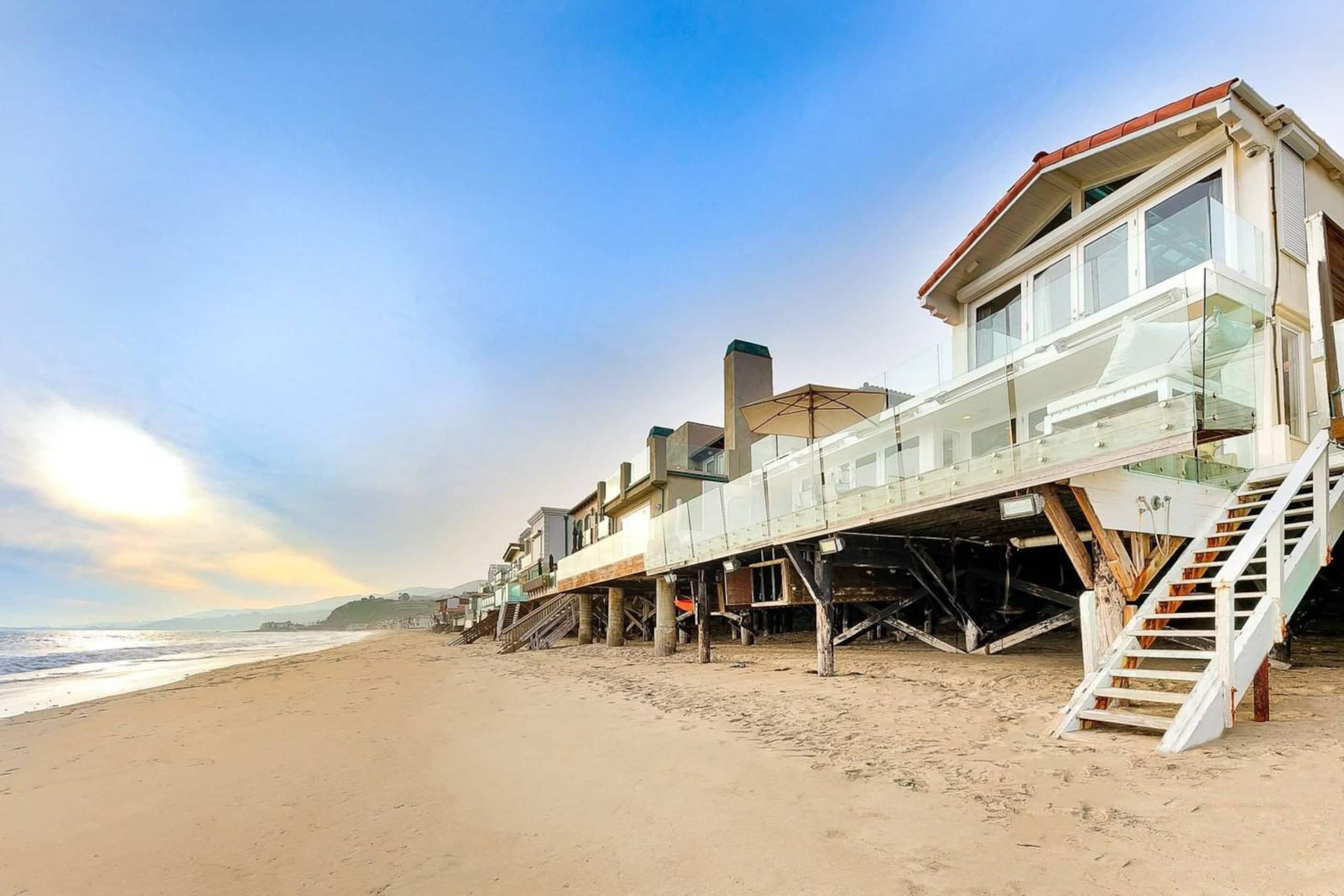 Apartment Villa Shawaiz - Beachfront Villa with 5 beds  photo 20334293