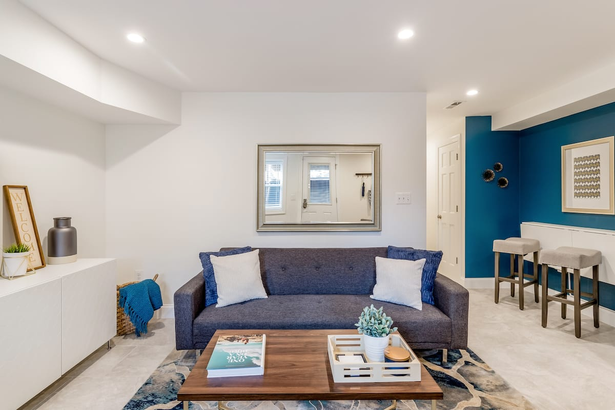 Hip, Stylish Apartment Near Historic H Street Corridor