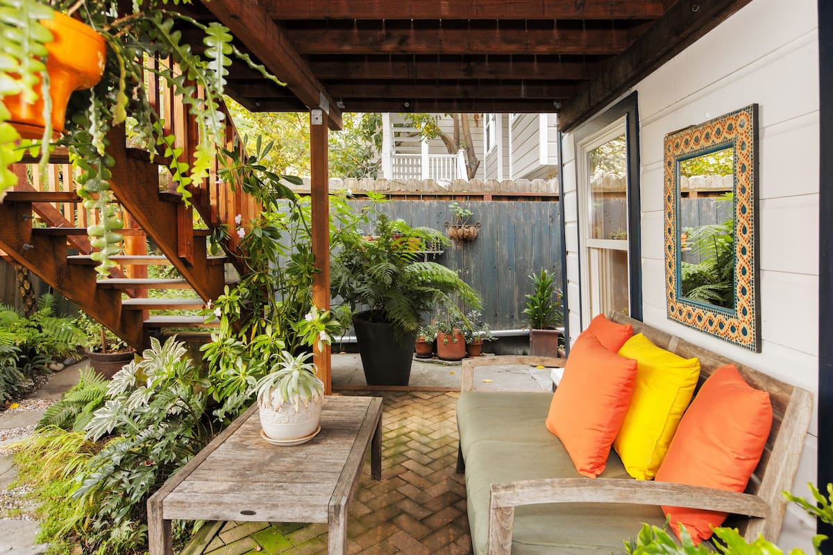 Mission Dolores Guesthouse with Attentive Details