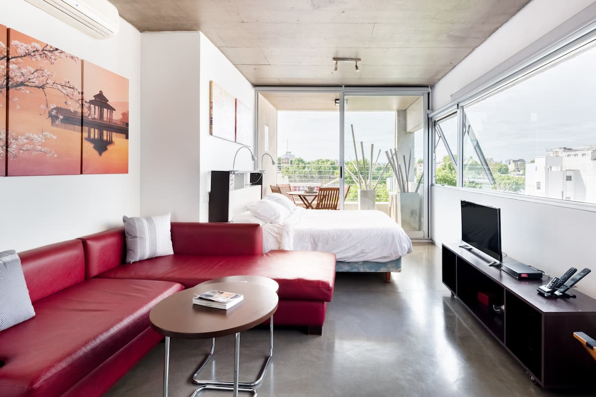 Roomy Studio in Luxury Tower in Palermo Hollywood