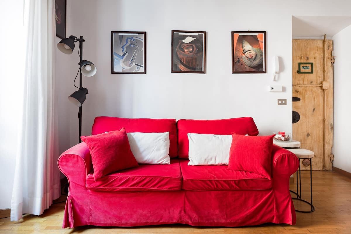 Discover Piazza Navona from a Characterful Apartment. Casa del Fico