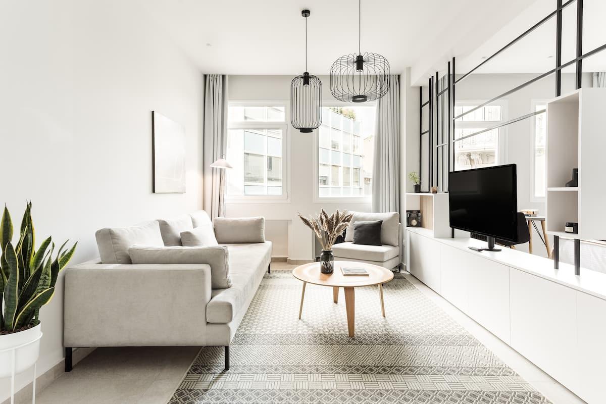 Contemporary Minimalist Studio Loft