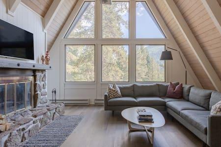 3-Level Cabin in the Woods Near Breck Ski Area