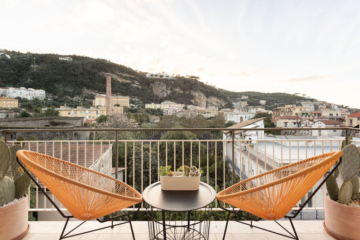 Live the Amalfi Coast from a Stylish Home in Sorrento Center