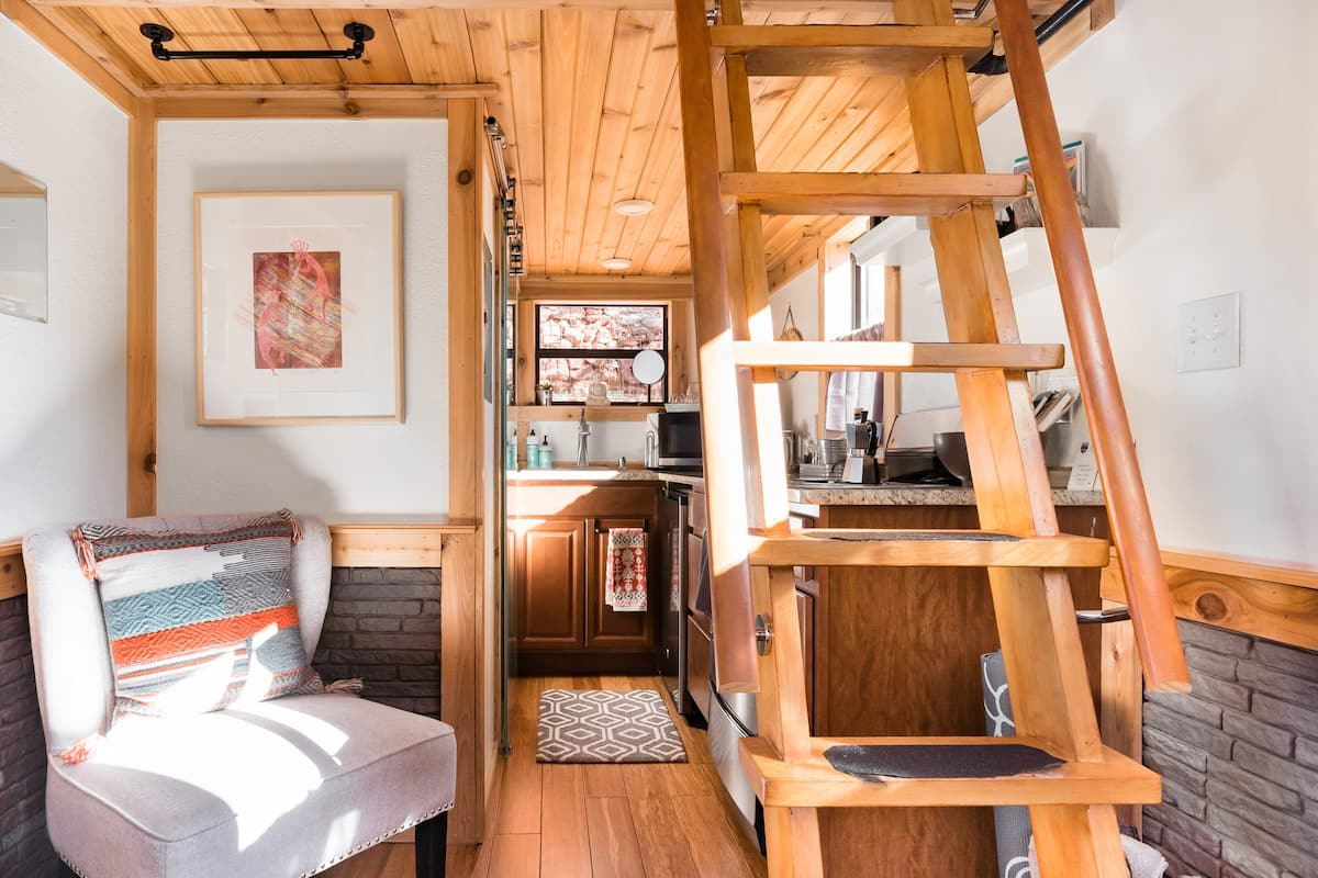 Grow Cabin with Stargazing Hot Tub and Yoga Deck