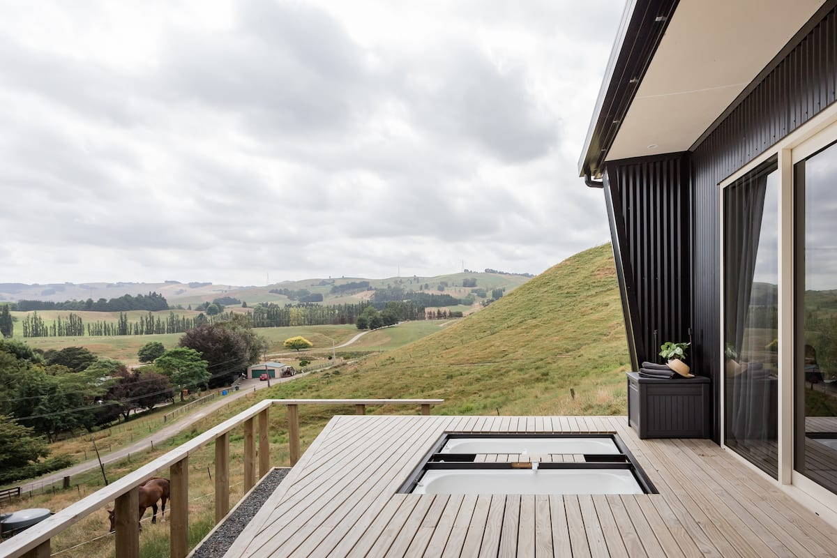 The Hilly House, Stunning Views & Privacy