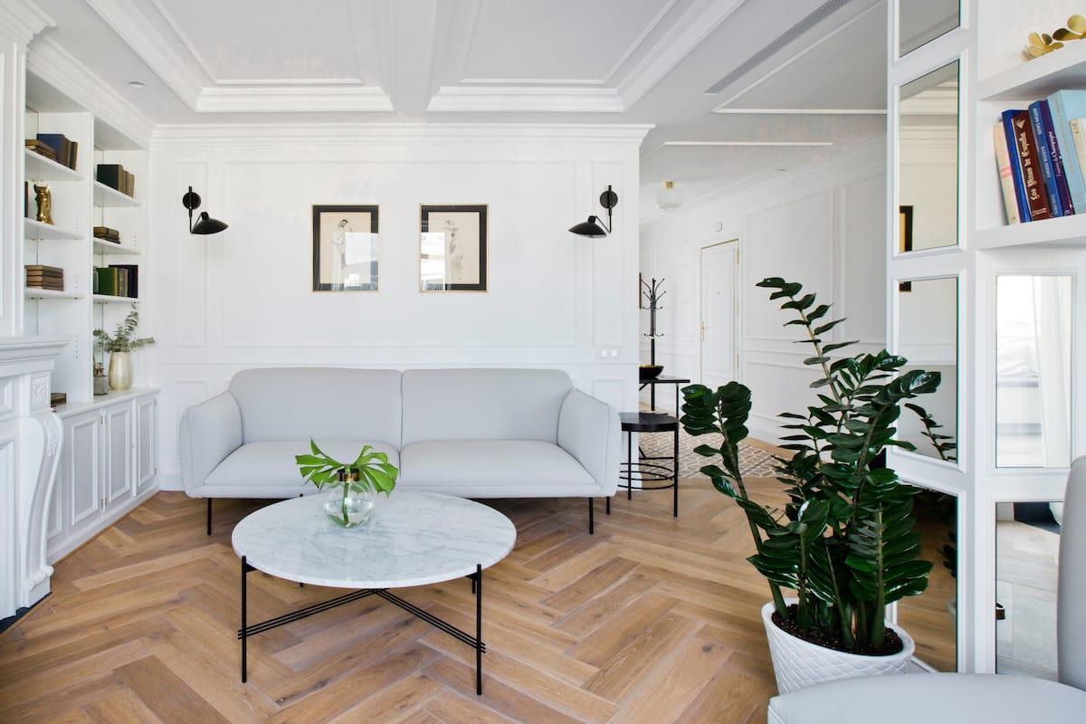 Lujoso apartamento con terraza y tres dormitorios junto a Casa Batlló
