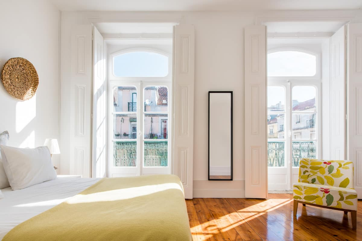 View the river from a comfortable and central apartment with balcony.