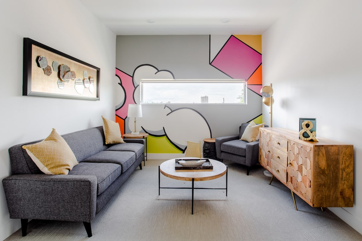 Swanky, Colorful Apartment in the Downtown Granary District