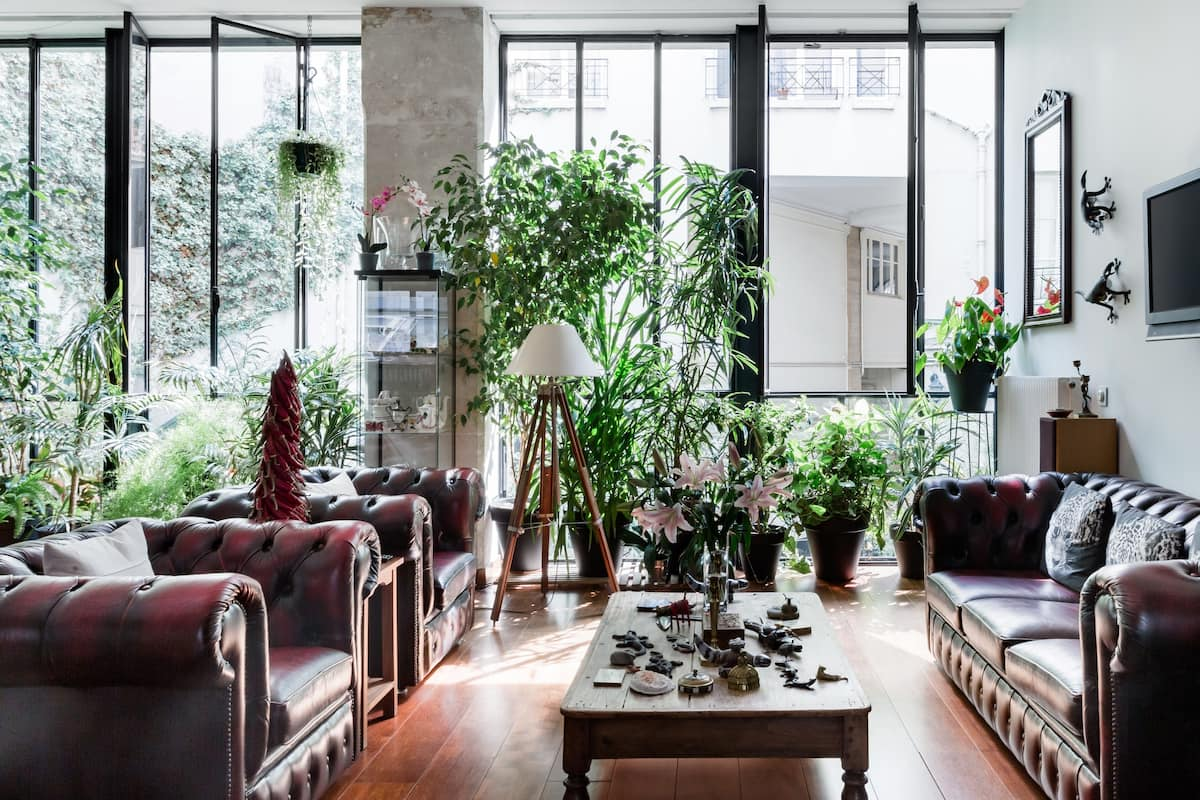 Walk to Opéra Bastille From a Loft With a Leafy Garden Patio