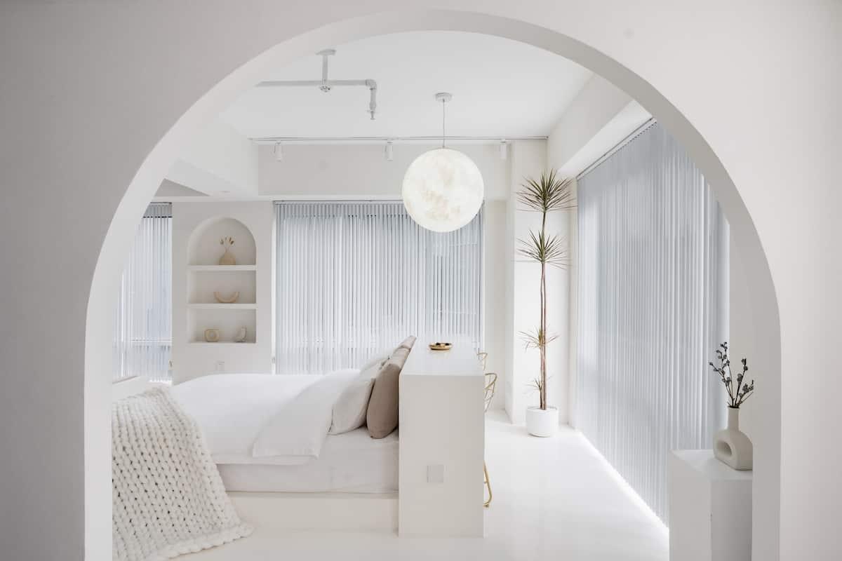 [漫屿民宿-告白月球] 解放碑中心-圆形浴缸房-圣托里尼风格-建筑师打造