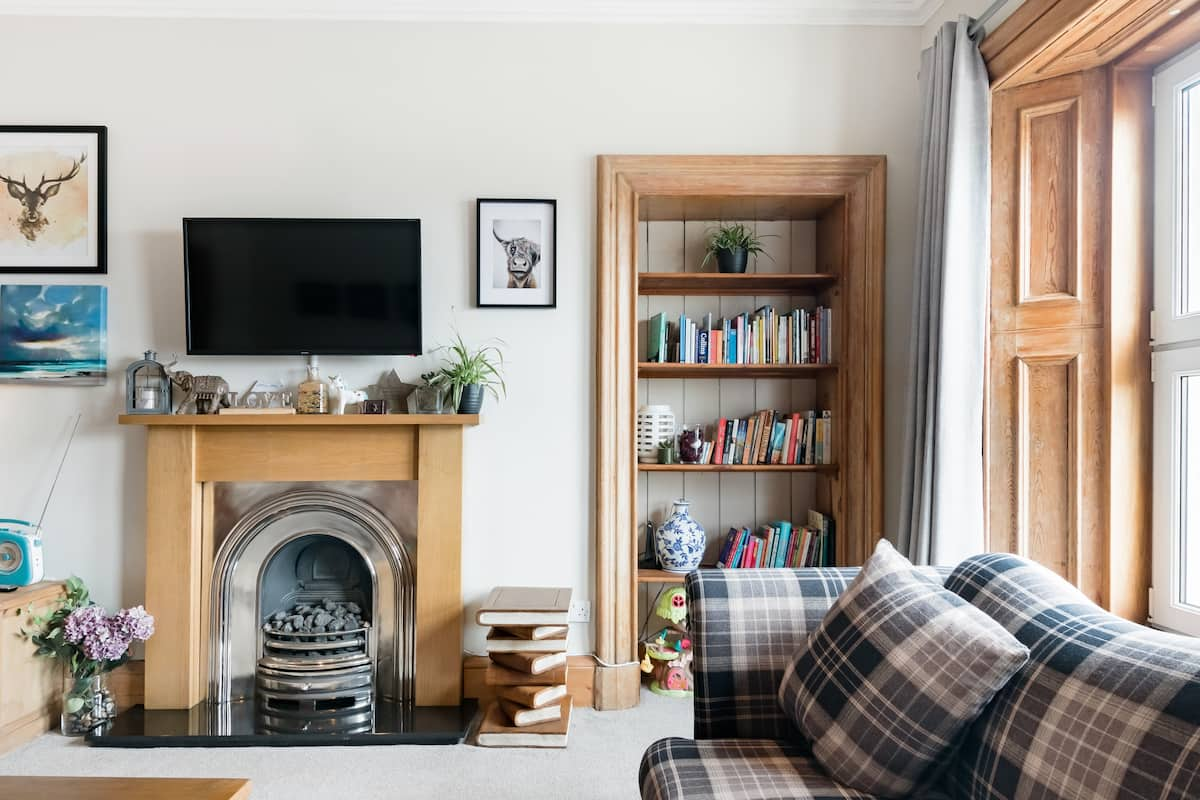The Nessting Place: 4 bedroom city centre home