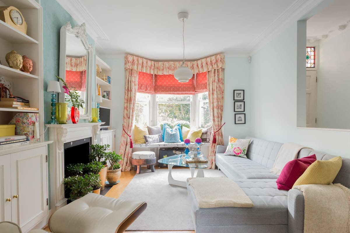 Spacious and Stylish Retreat, Five Beds in Fulham.