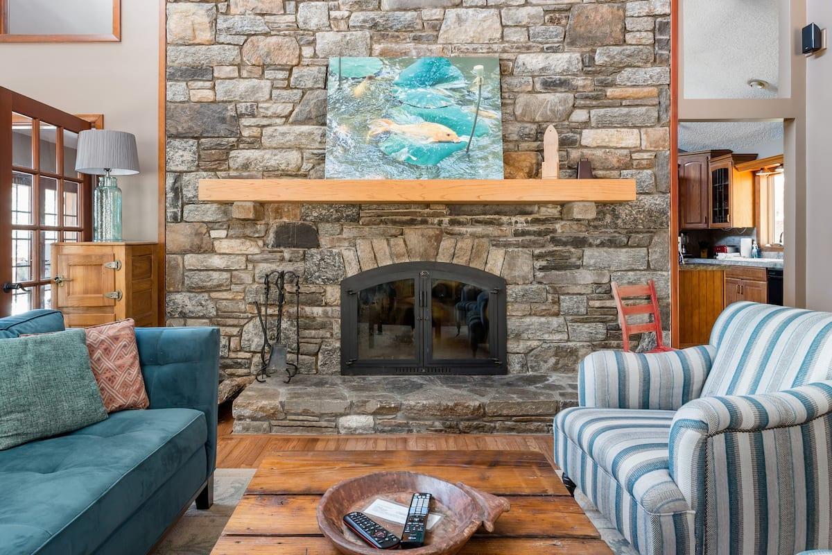 Gorgeous Mountain Home Retreat