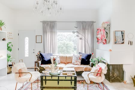 Explore Bel Air & Beverly Hills An Eclectic Designed Cottage