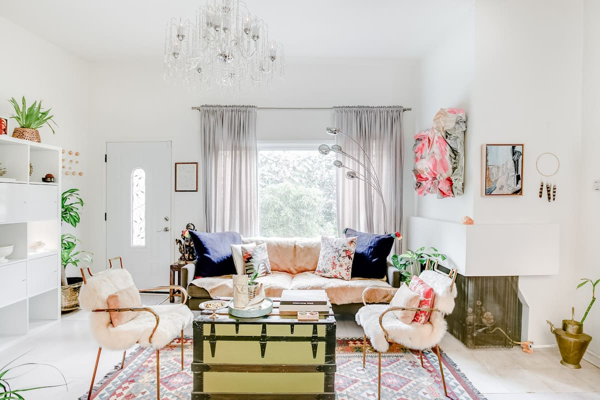 Explore Bel Air & Beverly Hills from a Colorful Retro Cottage