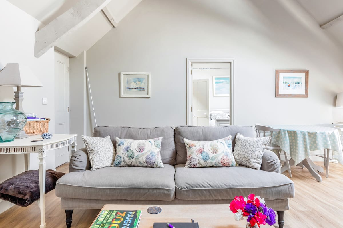 Soak up the Refined Farmhouse Style at a Converted Hayloft