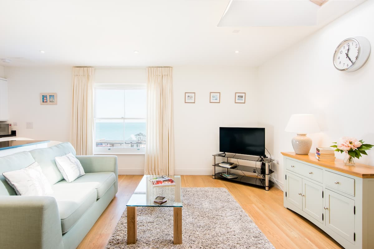 Gorgeous Ocean Views from a Chic Apartment in Deal